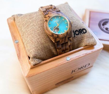wood-watches-for-women